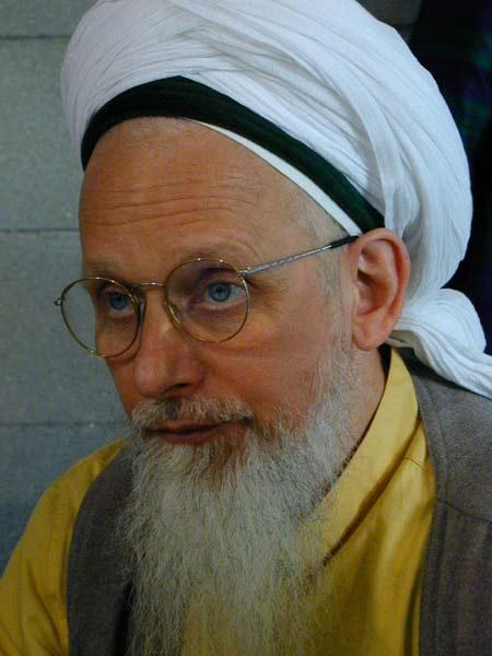shaikh-Hassan-in-giallos